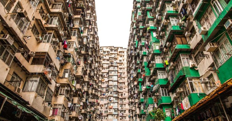 Mad as Hell: Hong Kongers Screaming Out of Apartment Blocks Every Night at 10pm 060919hongkong