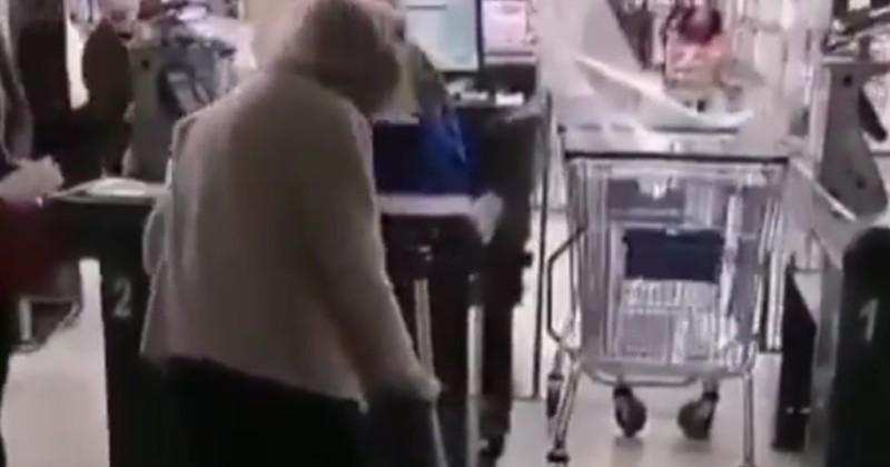 Chile: Älterer Frau wird der Zutritt zum Supermarkt verweigert, nachdem sie keine Erlaubnis der Regierung zum Kauf von Lebensmitteln erhalten hat