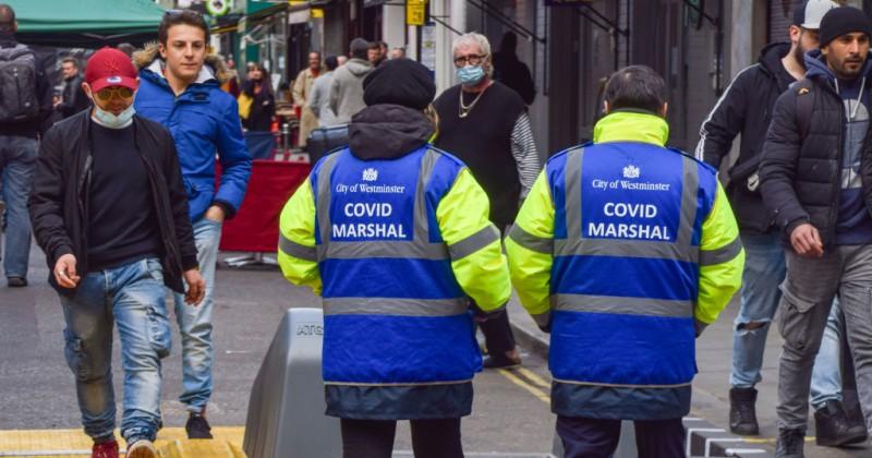 """UK: """"Covid-Mashal"""" die vergehen der Bürger an die Polizei melden"""