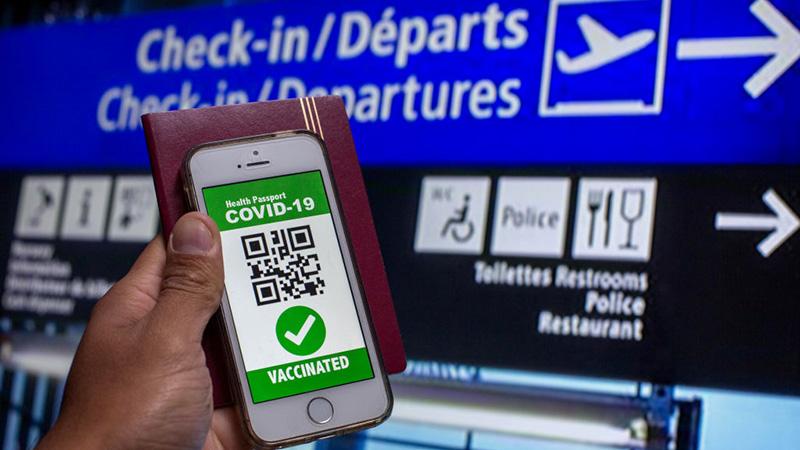 """Fluggesellschaften wollen digitale ID nicht als """"Impfpass"""" bezeichnen, weil """"es zu viele negative Assoziationen mit sich bringt"""""""
