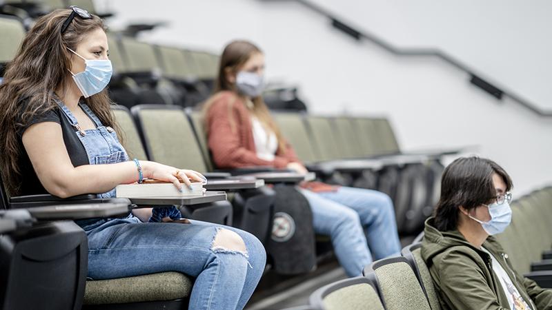 UK: Ungeimpfte Studenten dürfen nach Plänen der Regierung nicht an Vorlesungen teilnehmen – Liste der Maßnahmen werden immer mehr ausgeweitet